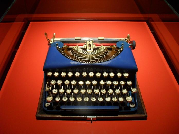 Typewriter foto del flickr de Amio Cajander
